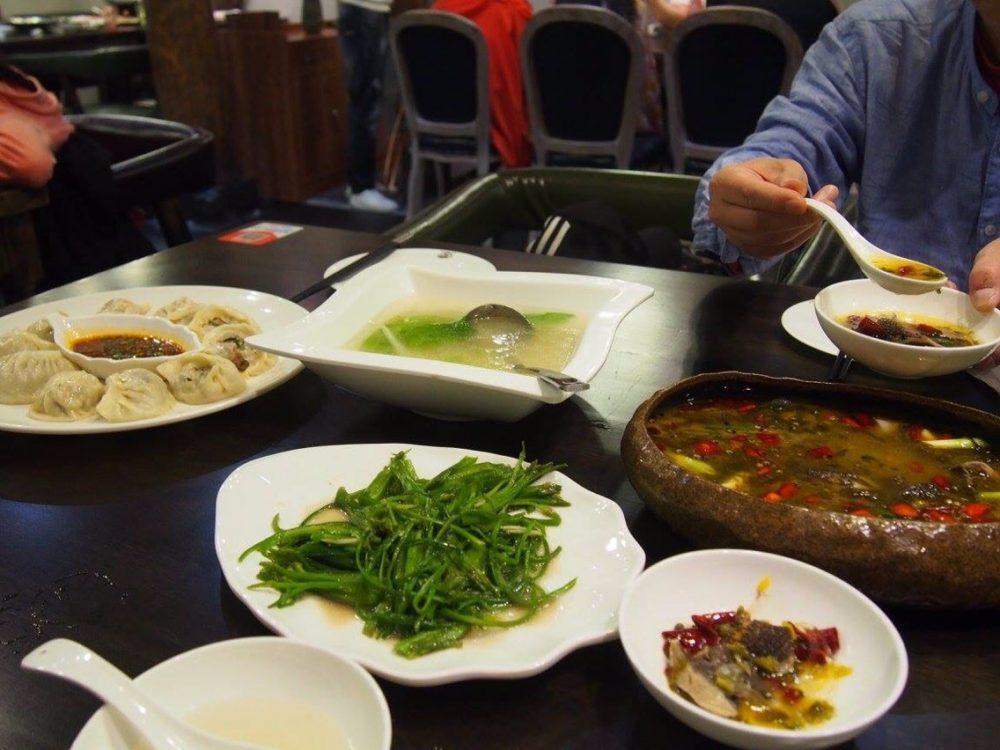 麗江古城の夕食-in麗江。