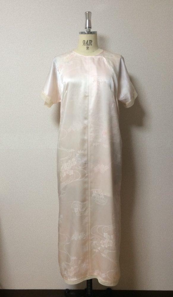 正絹の長襦袢の生地を使用したアンダードレス