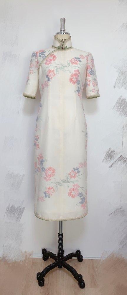 ウールの小紋でリメイクした旗袍。