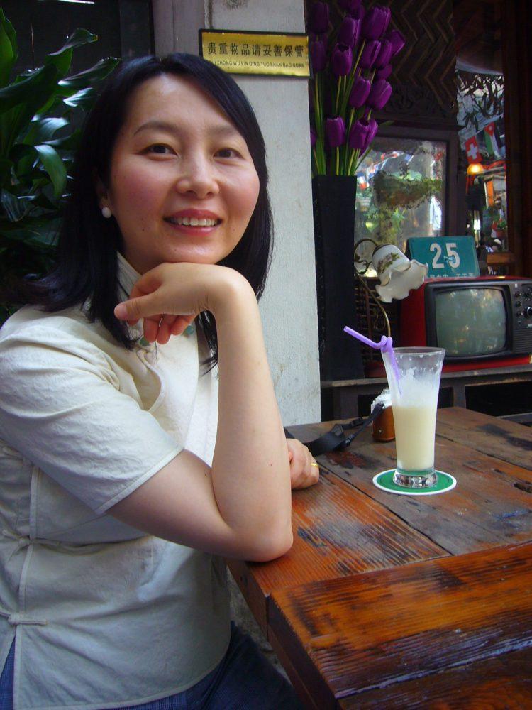 上海田子坊のカフェにて